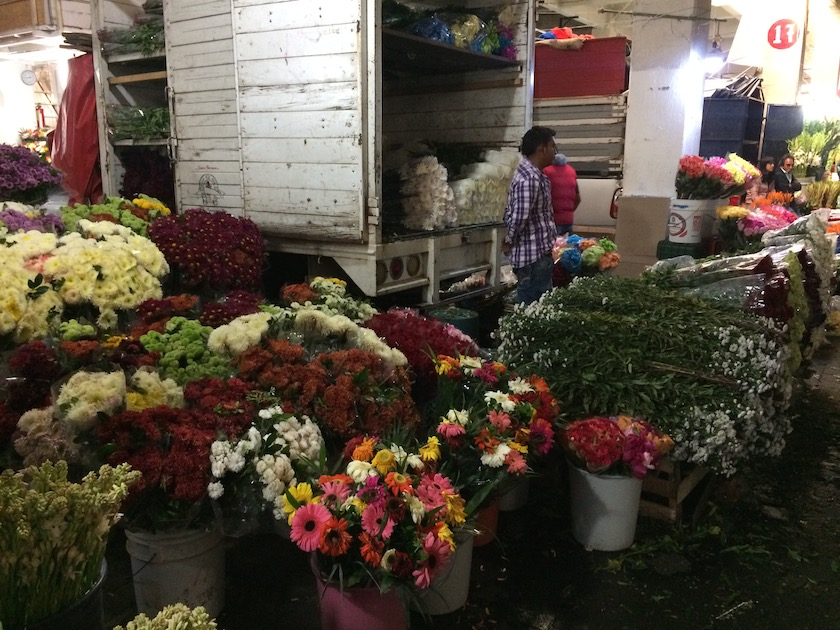 Mercado-de-Jamaica3