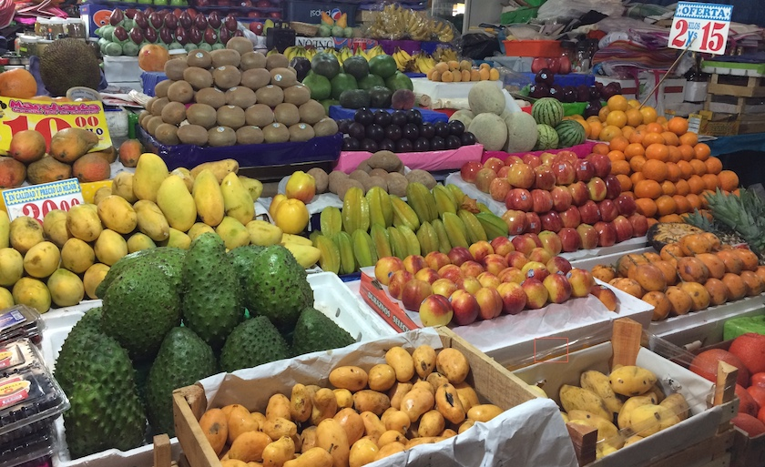 Mercado-de-Jamaica5