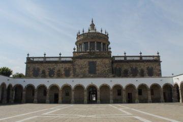Hospicio Cabañas Fachada obra del arquitecto Manuel Tolsá
